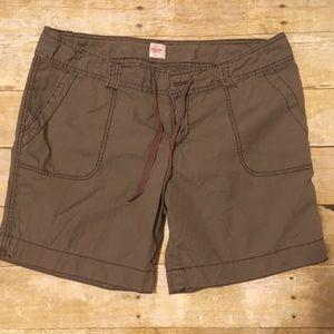Mossimo   teens cargo shorts